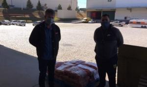 CBN Distribuidora doa 300 kg de alimentos